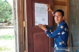 Nama penerima PKH di Aceh Jaya ditempel di warung-warung