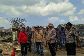 Kapolres Kotabaru : Polsek Pulau Sebuku dan asrama ikut terbakar