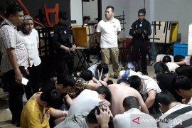 Polri gerebek sindikat penipu internasional dan amankan 66 WN China