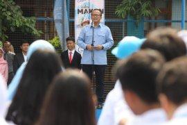 Menteri KKP nyatakan tidak ada yang lebih hebat daripada guru