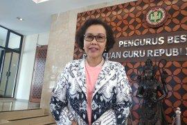 PGRI menolak rencana menghapus pelajaran sejarah