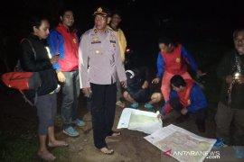 Dua pendaki yang tersesat di Gunung Salak berhasil dievakuasi