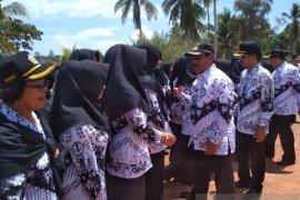 Bupati Belitung: Guru dituntut mengikuti perkembangan zaman