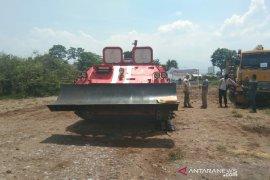 PT Pindad akan produksi tank pemadam kebakaran hutan