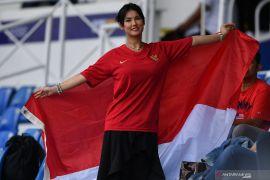 SEA Games 2019 - Miyabi hadir dengan seragam Timnas Indonesia di Stadion Rizal Memorial, Manila