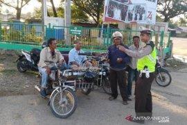 Polres Aceh Utara sosialisasi tertib lantas kepada tukang becak