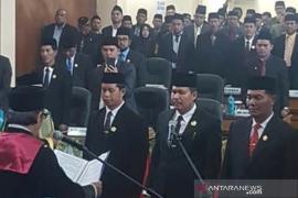 Tiga pimpinan definitif DPRK Bener Meriah resmi dilantik