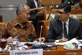 DPR RI minta KPK jangan tebang pilih tangani kasus korupsi
