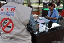 Awas merokok di sembarang tempat, Pemkot Medan gelar sidang tipiring di tempat bagi pelanggar