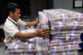Ekonom David Sumual: Indonesia lebih baik dibanding negara lain hadapi COVID-19