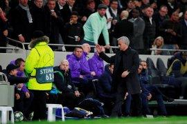 """""""Tos""""  Mourinho membuat sang anak gawang bahagia seumur hidup"""