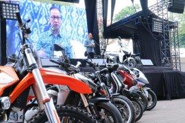 Menperin Agus Gumiwang  ajak industri siapkan diri masuki era kendaraan listrik