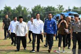 Presiden ajak dua staf khusus milenial kunjungi proyek Dermaga Patimban di Subang