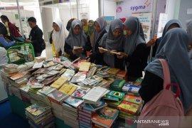 Dinas Perpustakaan Bekasi gelar Book Fair 2019