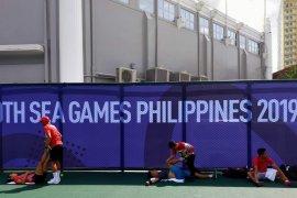 Dua ganda campuran tenis Indonesia melaju semifinal