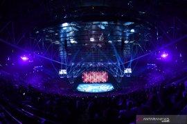Penyalaan obor oleh petinju Manny Pacquiao pungkas pembukaan SEA Games 2019