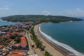 Pantai Barat dan Timur Pangandaran hadir dengan wajah baru pada awal 2020