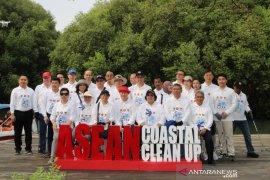Menteri LHK tegaskan komitmen Indonesia kurangi sampah padat di laut