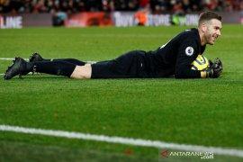 10 pemain Liverpool atasi Brighton 2-1