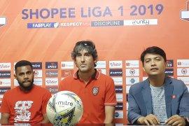 Bali United tantang tuan rumah Semen Padang