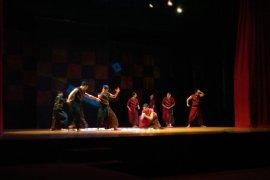 """Teater tari """"Pralaya"""" padukan Bali-India"""
