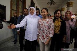Gubernur Jawa Timur bertemu atlet senam
