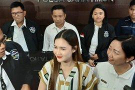 Polisi kesulitan ungkap penuduh Nella Kharisma selingkuh dengan mantan bupati