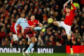 Manchester United ditahan imbang Aston Villa 2-2