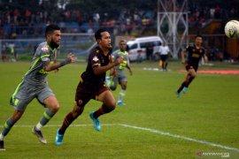 Kapten Borneo FC Diego Michiels: pemain muda harus malu jika bermain karena regulasi