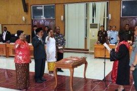 Milka catat sejarah jadi perempuan pertama Papua dilantik Ketua DPRD Biak