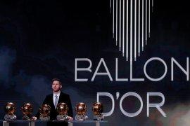 Messi akui terganggu saat Ronaldo samai rekor Ballon