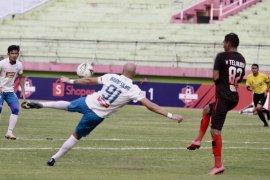 Liga 1: Persipura vs PSIS 1-0 di babak pertama