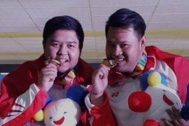Tim Indonesia rebut emas boling ganda putra