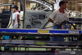 Kenaikan UMK sebabkan perusahaan di Karawang mulai kurangi jumlah karyawan
