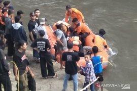 Tim SAR Jember temukan jenazah korban hanyut di Sungai Bondoyudo