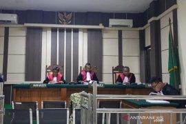 Terdakwa mengaku uang denda tilang dipakai biaya kegiatan Kejati Rembang