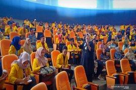 Nina Kurnia Dewi berbagi kiat sukses kepemimpinan di ULM