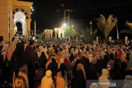 Masyarakat Aceh membeludak hadiri ceramah UAS di Masjid KL