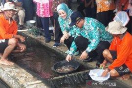 Menteri KKP targetkan produksi ikan air tawar 4.685.446 ton