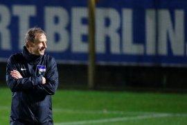 Klinsmann ingin Hertha tiru  Liverpool