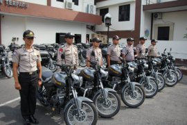 Polda Malut serahkan puluhan kendaraan dinas ke personel