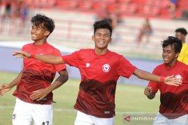 Peringkat ketiga, Indonesia All Stars tekuk Arsenal 4-2