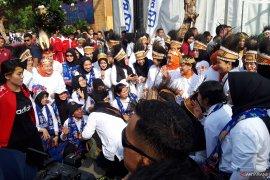 Ibu Negara Iriana Joko Widodo hadiri jalan sehat peringati Hari Ibu