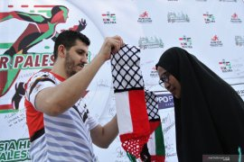 Warga titip bantuan untuk rakyat Palestina lewat ACT