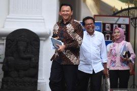 Jokowi sebut Ahok ke Istana untuk urusan impor migas