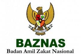Baznas Sanggau salurkan bantuan 100 paket sembako