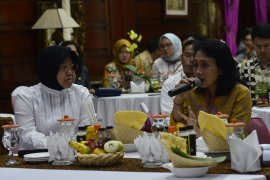 Menteri PPPA apresiasi program pemberdayaan perempuan di Surabaya