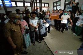 Keluarga mahasiswi Bengkulu minta penyelidikan kasus dilanjutkan