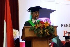 Mantan wartawan ANTARA dikukuhkan sebagai guru besar Moestopo
