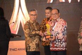 Pemkab Tabalong terima penghargaan TPKAD.